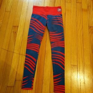 Chicago Cubs leggings!